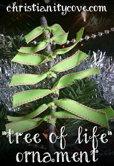 """Tree of Life"" Ornament Craft & Acts 7:54-60 (Stephen the Martyr )"